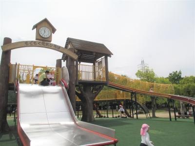 春の遠足~久宝寺緑地~(カリーノ保育園)