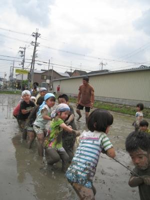 泥んこ運動会(松原カリーノ保育園 5歳児)