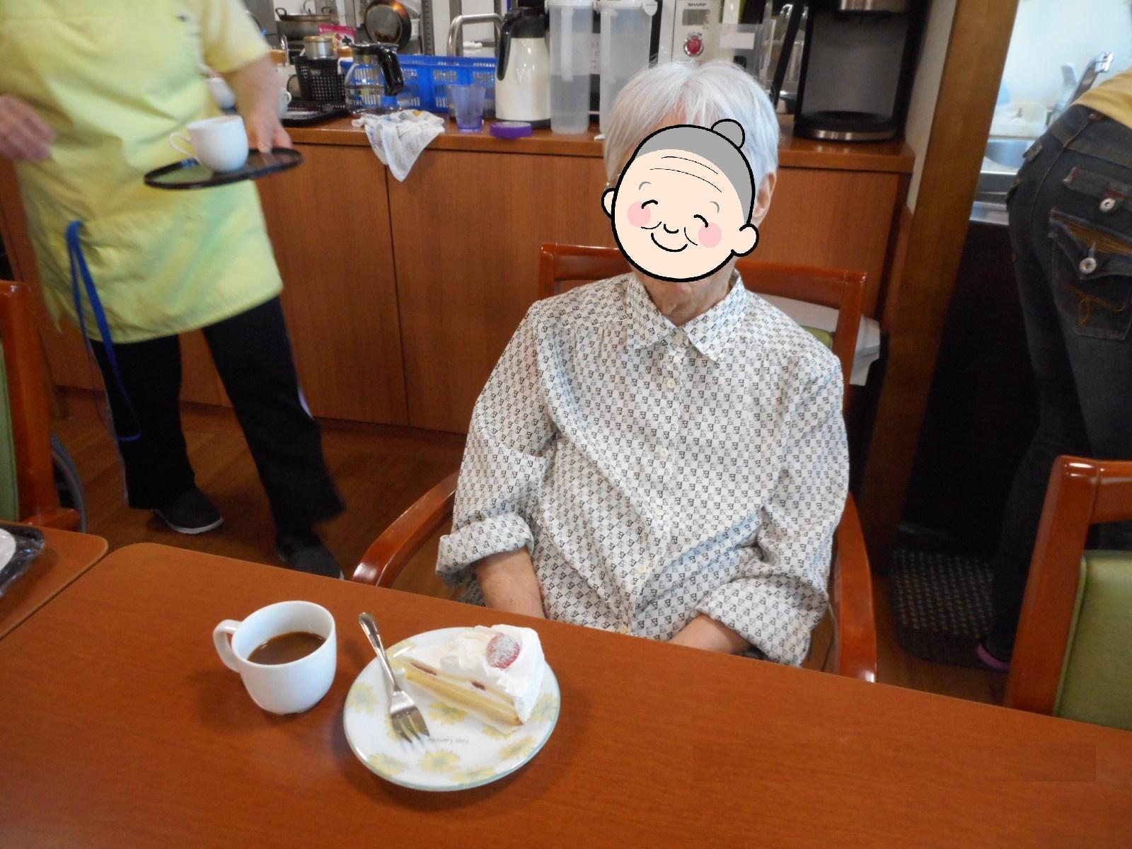 8月 誕生日会(介護付有料老人ホームゆたか)