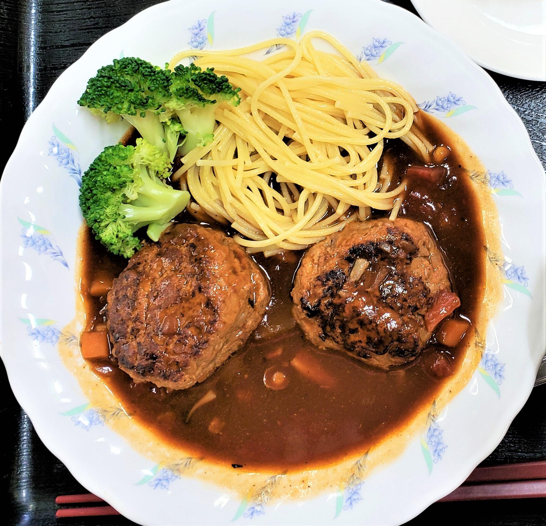 ⭐サプライズ昼食会 vol.5 煮込みハンバーグ&スパゲッティー⭐~❥喜連西デイサービス❥~
